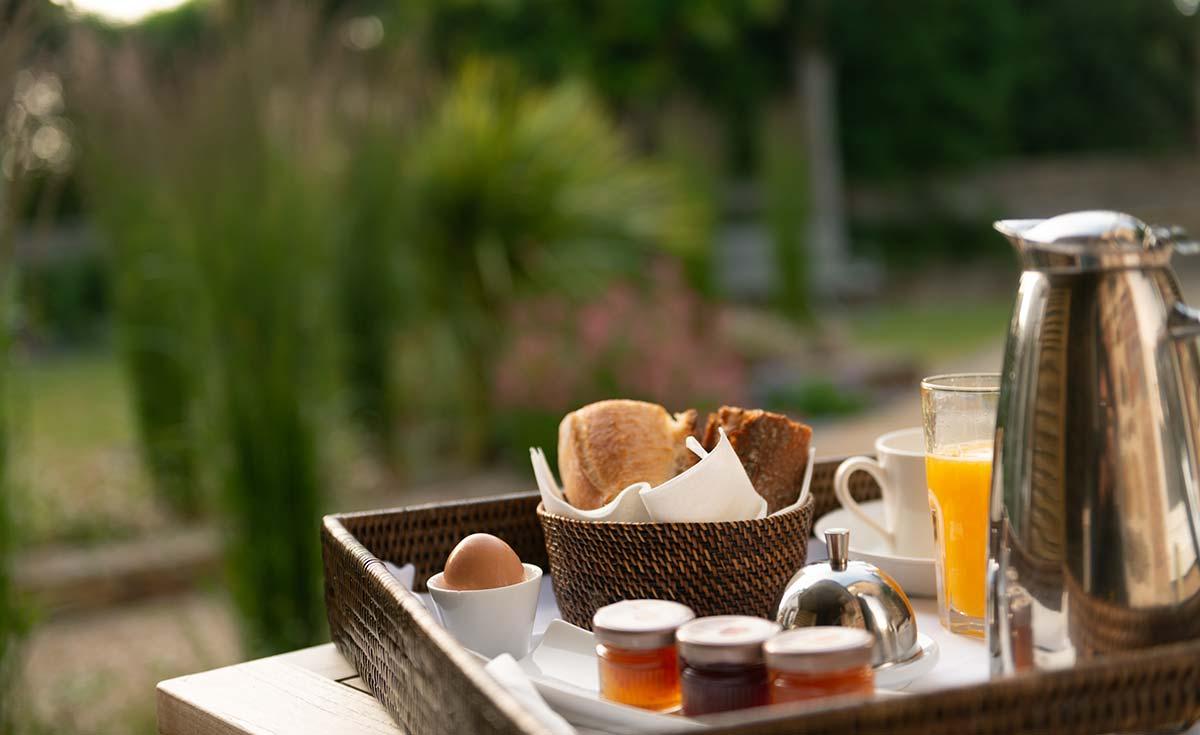 hotel costans petit-dejeuner